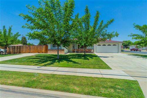 Photo of 1053 3Rd Street, Clovis, CA 93612 (MLS # 560551)