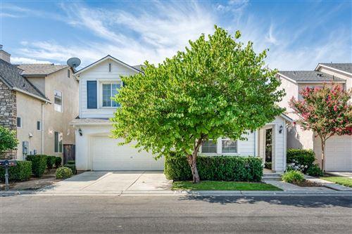 Photo of 44 W Scandia Lane, Clovis, CA 93619 (MLS # 544587)
