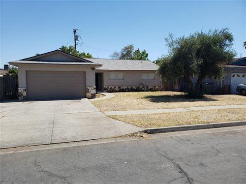 Photo of 4894 E Pico Avenue, Fresno, CA 93726 (MLS # 544596)