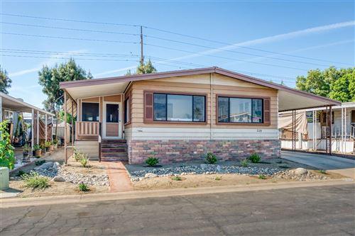 Photo of 2575 S Willow Avenue #229, Fresno, CA 93725 (MLS # 557602)