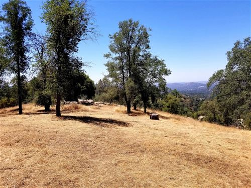 Photo of 0 Tree Tops Lane, Coarsegold, CA 93614 (MLS # 544612)