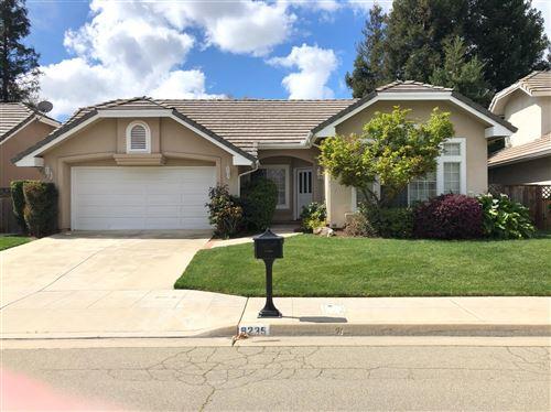 Photo of 9235 N Bramwell Street, Fresno, CA 93720 (MLS # 542621)