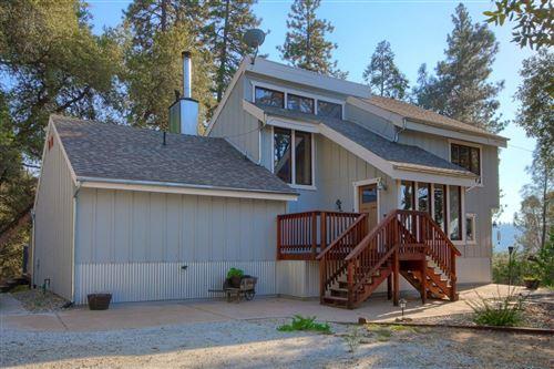 Photo of 51776 Alta Vista Drive, Oakhurst, CA 93644 (MLS # 541641)
