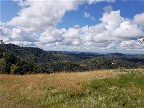 Photo of 47199 True Grit Ridge Trl, Coarsegold, CA 96314 (MLS # 539655)