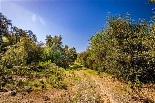 Photo of 0 Road 620, Oakhurst, CA 93644 (MLS # 557666)