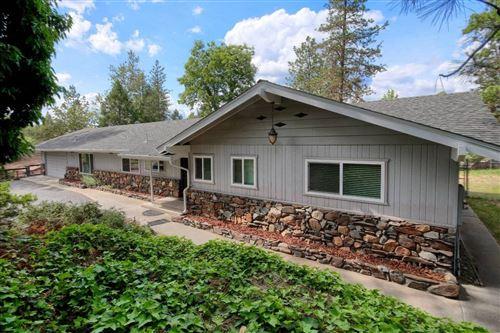 Photo of 39769 Pine Ridge Road, Oakhurst, CA 93644 (MLS # 541669)