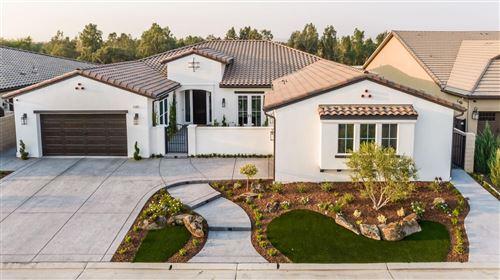Photo of 2168 E Bluff View Drive, Fresno, CA 93730 (MLS # 566680)
