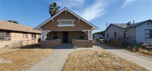 Photo of 38 E Kearney Boulevard, Fresno, CA 93706 (MLS # 563683)