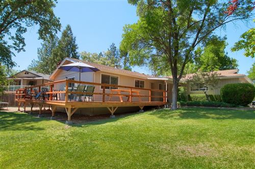 Photo of 40894 Griffin Drive, Oakhurst, CA 93644 (MLS # 560700)