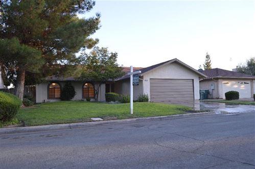 Photo of 3749 W Fedora Avenue, Fresno, CA 93722 (MLS # 566709)