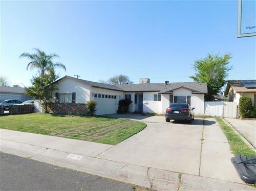 Photo of 2574 Dewitt Avenue, Clovis, CA 93612 (MLS # 557738)