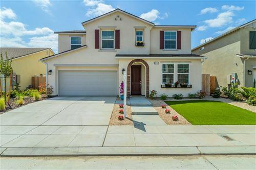 Photo of 3962 Morris Avenue, Clovis, CA 93619 (MLS # 557740)