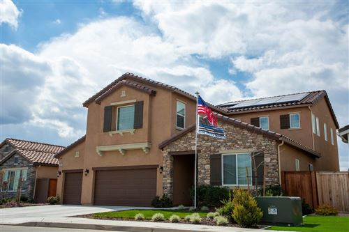 Photo of 2086 Highland Avenue, Clovis, CA 93619 (MLS # 555741)
