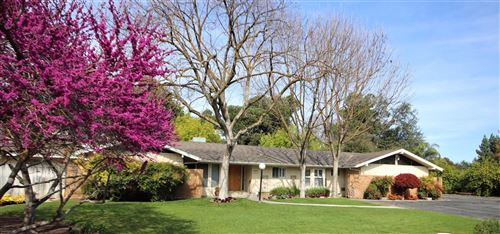 Photo of 5451 E Heaton Avenue, Fresno, CA 93727 (MLS # 557742)