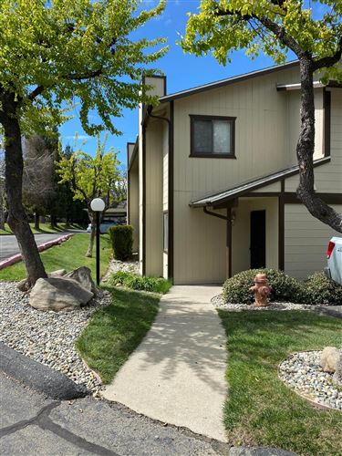 Photo of 49400 Riverpark Road #46, Oakhurst, CA 93644 (MLS # 539744)