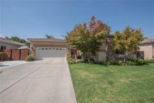Photo of 8671 N Paula Avenue, Fresno, CA 93720 (MLS # 566751)