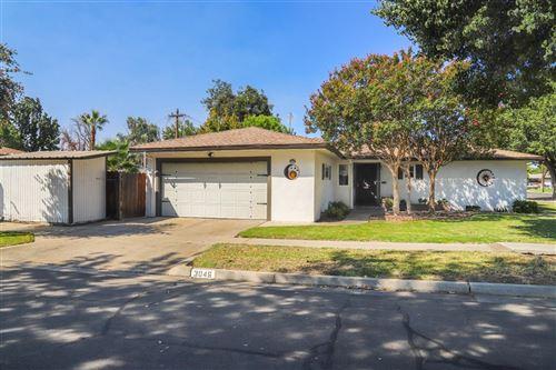 Photo of 3046 E Norwich Avenue, Fresno, CA 93726 (MLS # 566752)