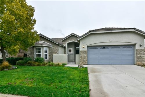 Photo of 2209 Whiteash Avenue, Clovis, CA 93619 (MLS # 523760)