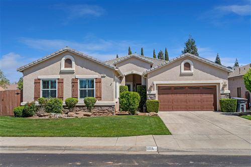 Photo of 1831 N Magnolia Avenue, Clovis, CA 93619 (MLS # 557760)