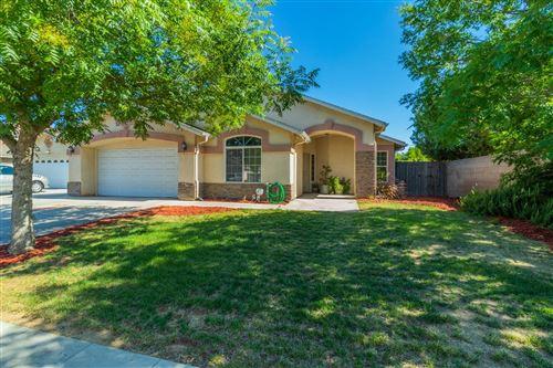 Photo of 5491 W Ashcroft Avenue, Fresno, CA 93722 (MLS # 560794)