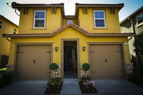 Photo of 1476 Sundial Way, Clovis, CA 93619 (MLS # 557796)