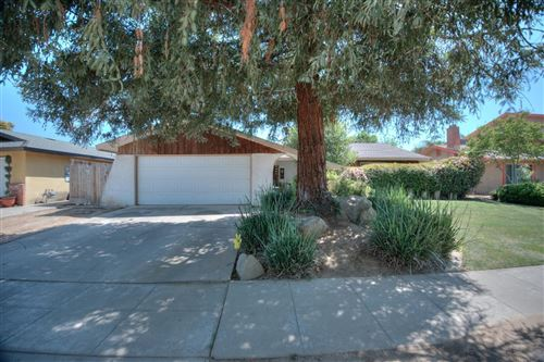 Photo of 5270 E Balch Avenue, Fresno, CA 93727 (MLS # 557800)