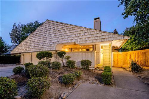 Photo of 7522 N Spy Glass Avenue, Fresno, CA 93711 (MLS # 543808)