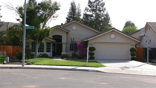 Photo of 7764 N Barcus Avenue, Fresno, CA 93722 (MLS # 566811)