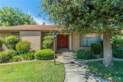 Photo of 4876 N Hulbert Avenue #102, Fresno, CA 93705 (MLS # 560813)