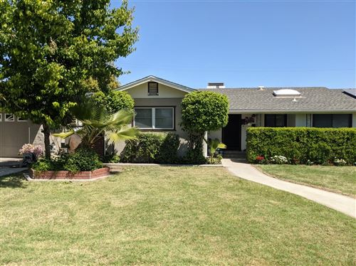 Photo of 218 Greenwood Avenue, Sanger, CA 93657 (MLS # 557815)