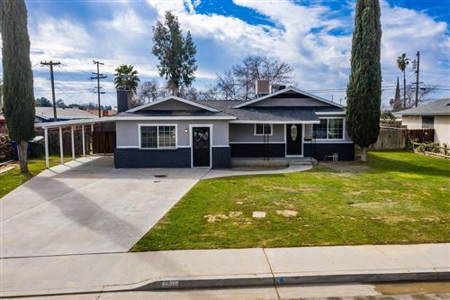Photo of 261 W Hazelwood Drive, Lemoore, CA 93245 (MLS # 537827)