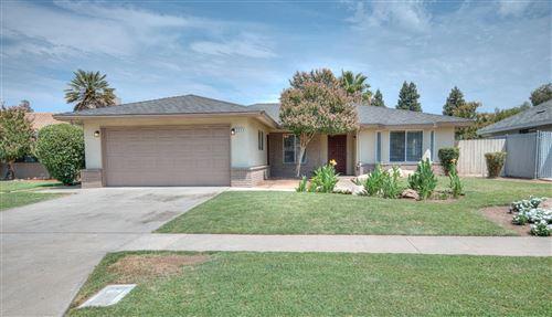 Photo of 284 N Stanford Avenue, Fresno, CA 93727 (MLS # 563836)