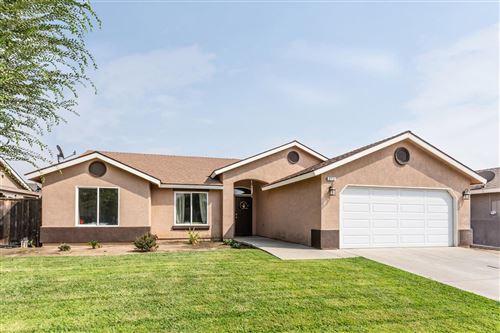 Photo of 214 N 4th Street, Orange Cove, CA 93646 (MLS # 548855)