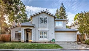 Photo of 10697 N Lighthouse Drive, Fresno, CA 93730 (MLS # 523869)