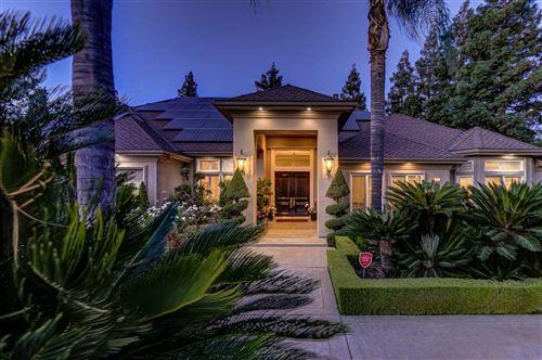 Photo of 511 E Balfour Avenue, Fresno, CA 93720 (MLS # 560872)