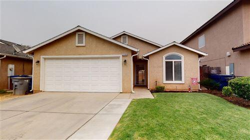 Photo of 2390 N Milburn Avenue, Fresno, CA 93722 (MLS # 547880)