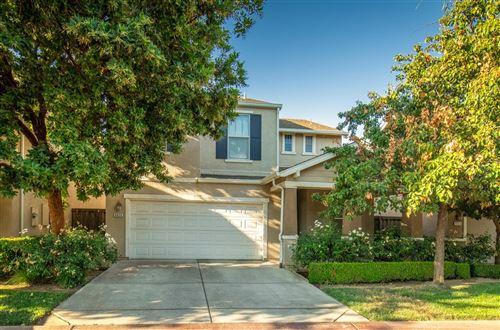 Photo of 4659 W Javier Way, Fresno, CA 93722 (MLS # 563882)