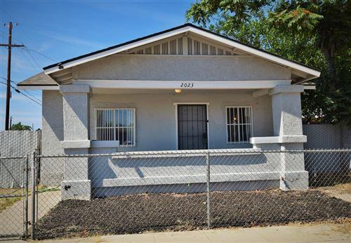 Photo of 2023 E Grant Avenue, Fresno, CA 93701 (MLS # 558894)