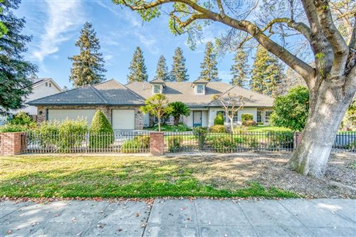 Photo of 565 W Alluvial Avenue, Clovis, CA 93611 (MLS # 563894)