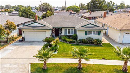 Photo of 715 E Robinwood Lane, Fresno, CA 93710 (MLS # 566894)