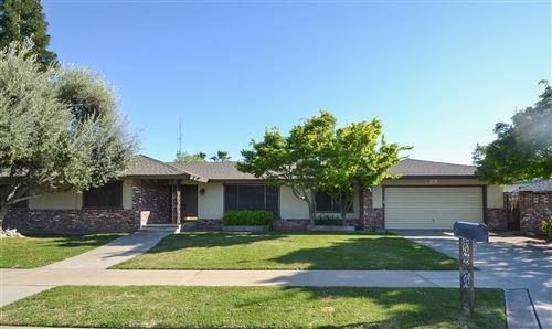 Photo of 353 W Sample Avenue, Fresno, CA 93704 (MLS # 539896)