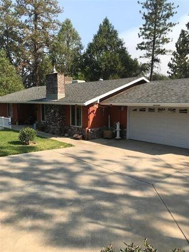 Photo of 39729 Pine Ridge Way, Oakhurst, CA 93644 (MLS # 547897)