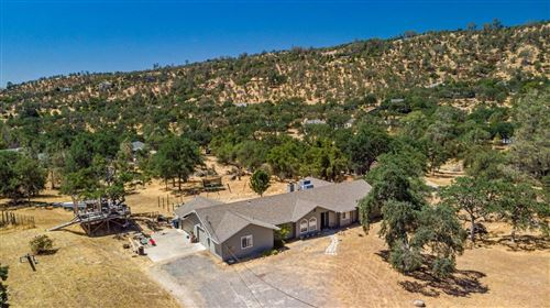Photo of 42000 Winchester Court, Coarsegold, CA 93614 (MLS # 560912)