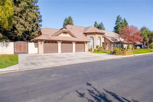 Photo of 30 Pointe W, Madera, CA 93637 (MLS # 533924)
