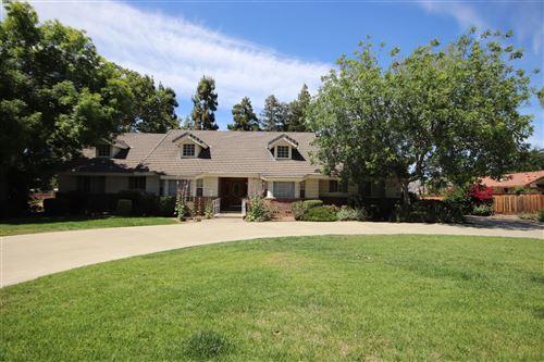 Photo of 5443 E Butler Avenue, Fresno, CA 93727 (MLS # 559925)