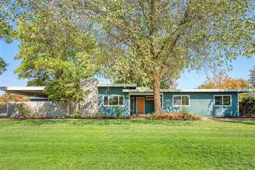 Photo of 1362 E Plymouth Way, Fresno, CA 93720 (MLS # 566926)