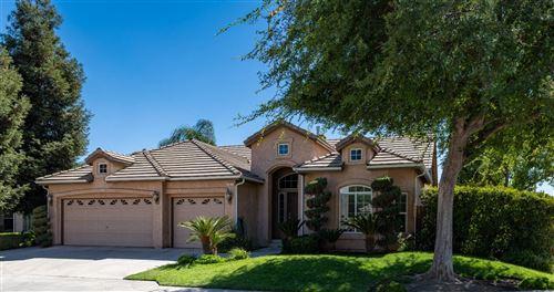 Photo of 1071 E Carnoustie Avenue, Fresno, CA 93730 (MLS # 566932)