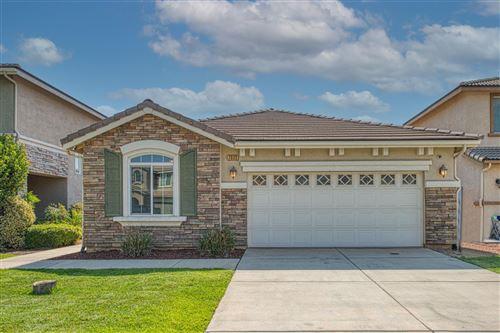 Photo of 7035 E Dayton Avenue, Fresno, CA 93737 (MLS # 566941)
