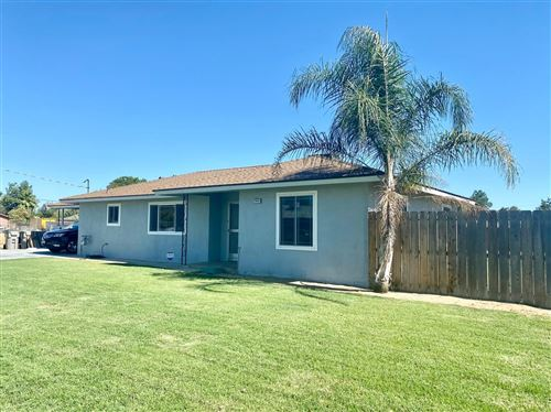 Photo of 2343 W Dennett Avenue, Fresno, CA 93728 (MLS # 543948)