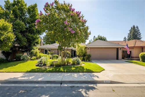 Photo of 852 E Catalina Circle, Fresno, CA 93730 (MLS # 544955)